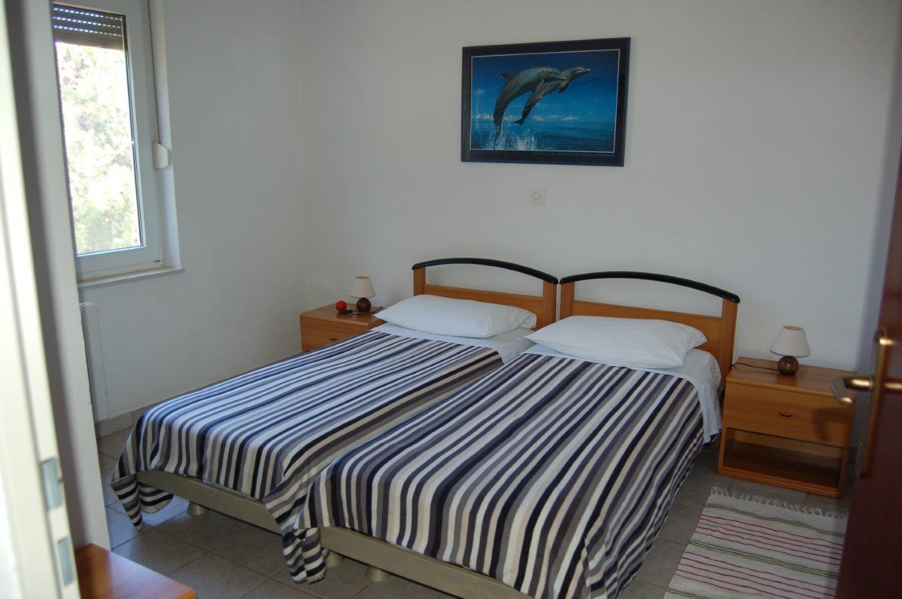 Doppelbett Apartment C.