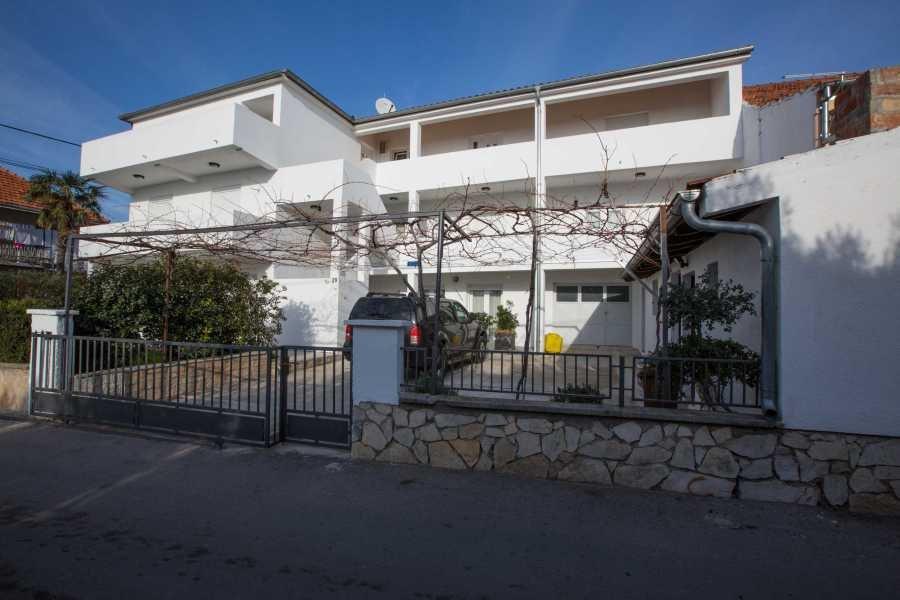 Willkommen im Haus Pakostane an der kroatischen Adriaküste.
