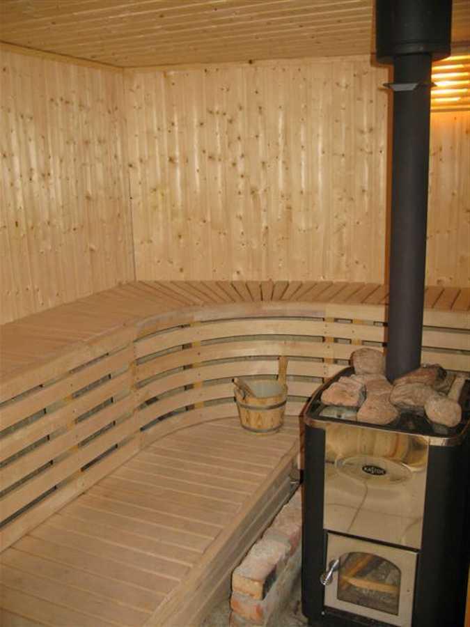 Eine Sauna steht auch zur Verfügung