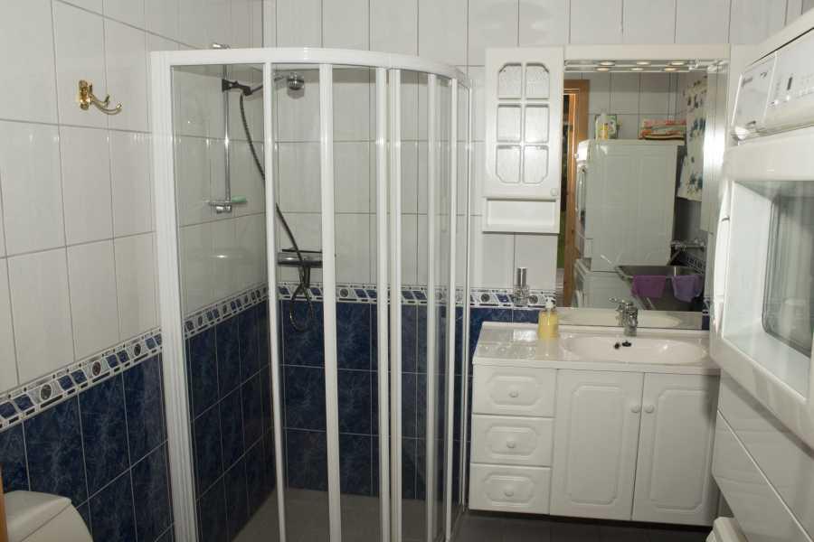 Das nagelneue Badezimmer