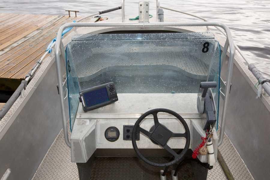 Die Aluboote sind mit Echolot und GPS/Kartenplotter ausgestattet.