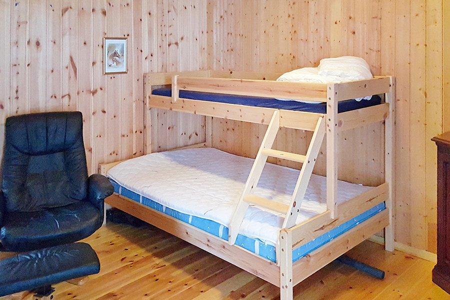 Eines der Schlafzimmer mit Familienbett.