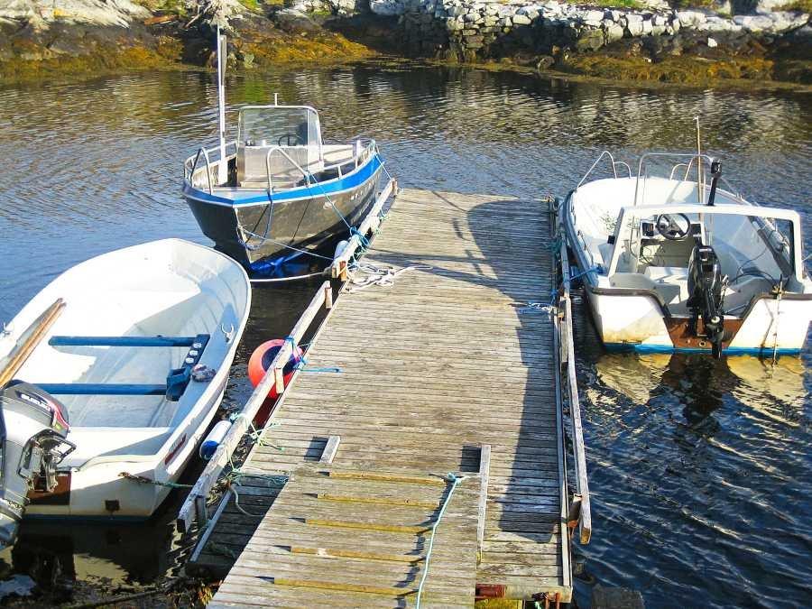 Die Bootsflotte von Haus Titran