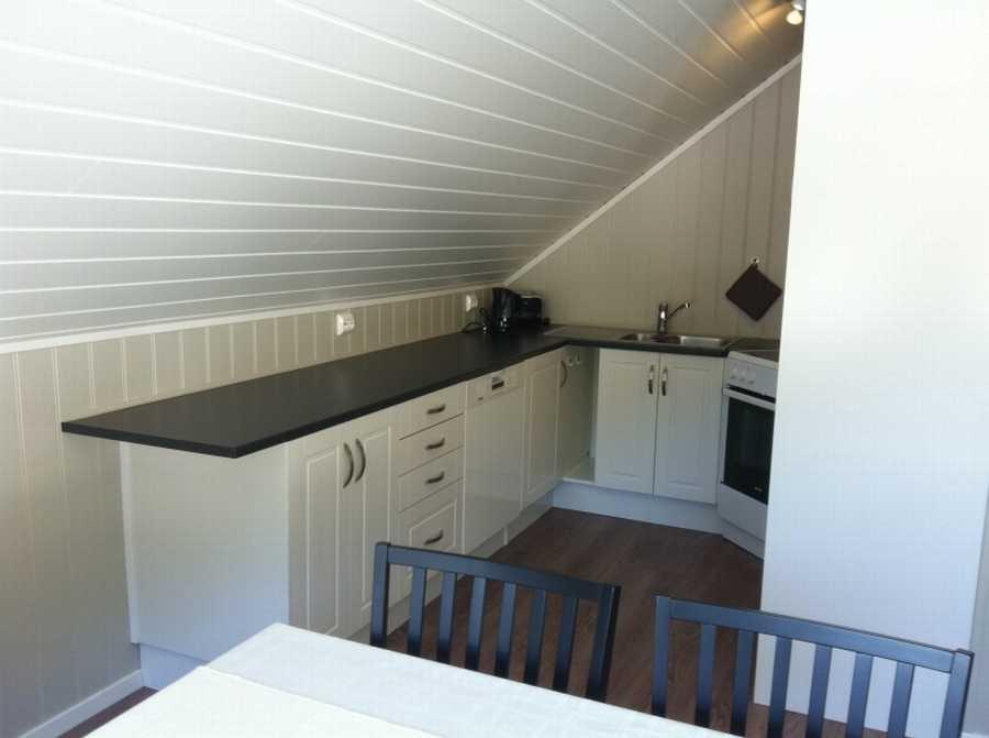 Die Küche im Bogen-Rorbu-Apartment