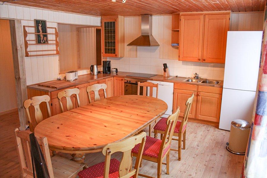 8-Personen Apartment - Küche & Essbereich