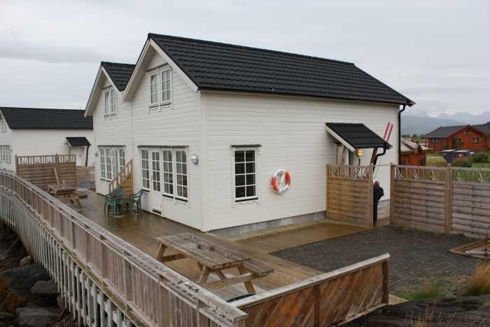 Die Bungalows: mit Terrasse und Fjordblick!