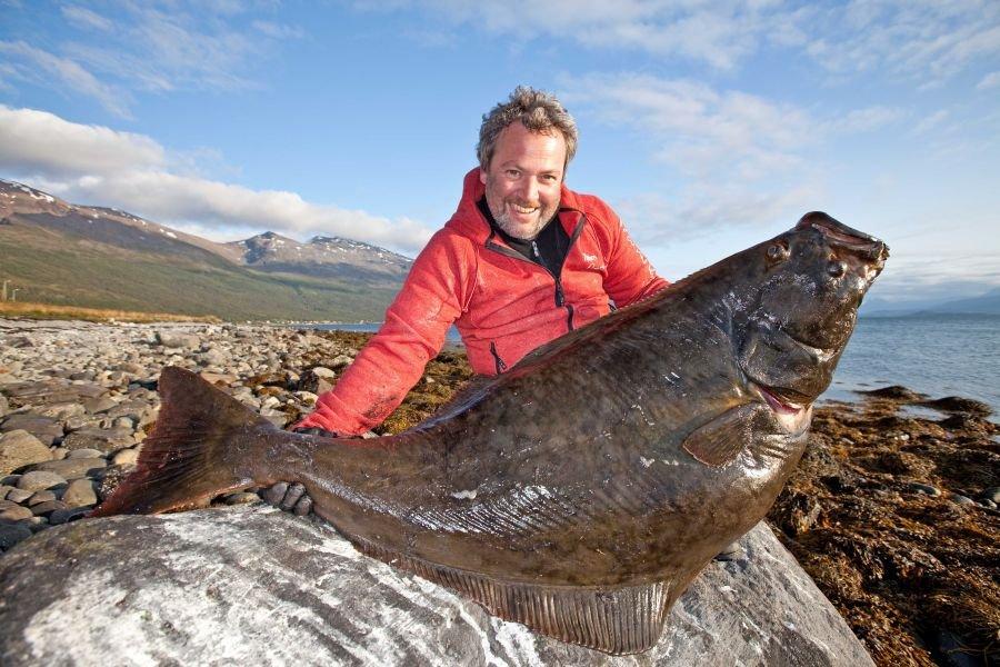 Diesen wunderbaren Heilbutt fing Rainer Korn im Mündungsbereich des Lyngenfjord