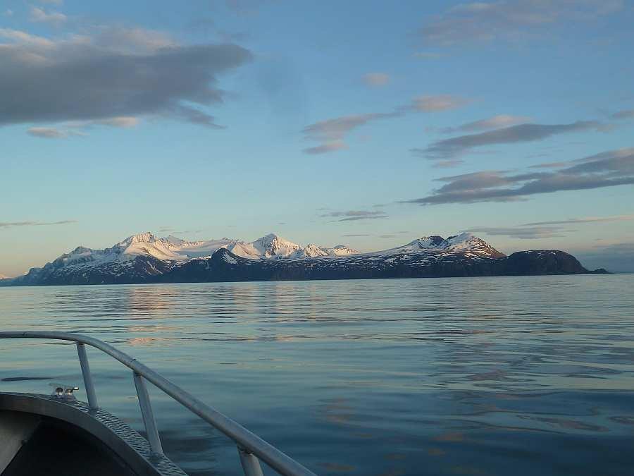 Blick aus der Bucht von Akkarvik nach Süden