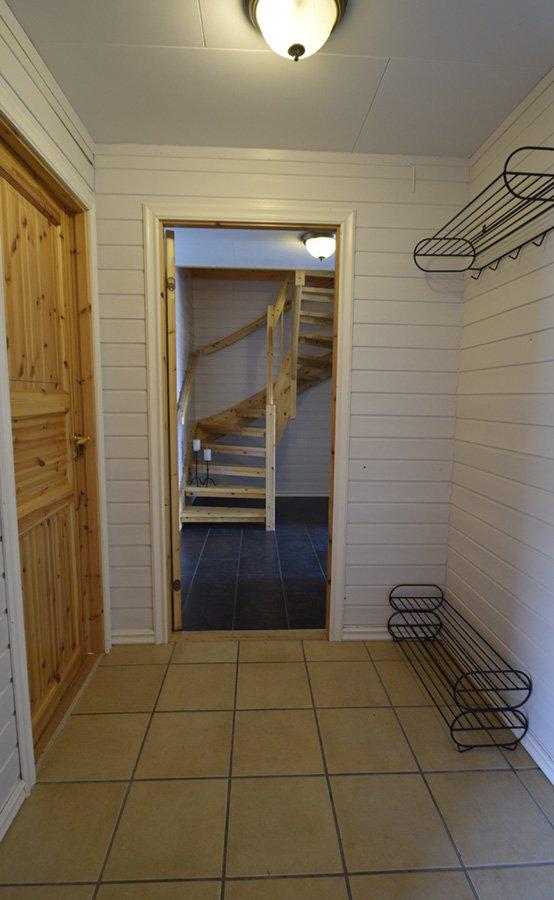 Der Eingangsbereich bietet genug Platz für die Bekleidung