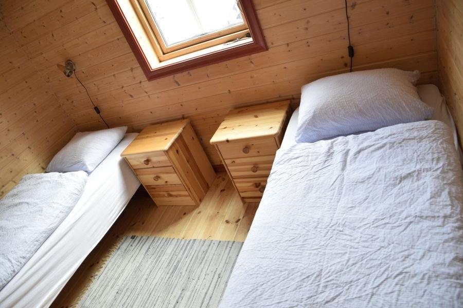 Schlafzimmer mit 2 Einzelbetten.