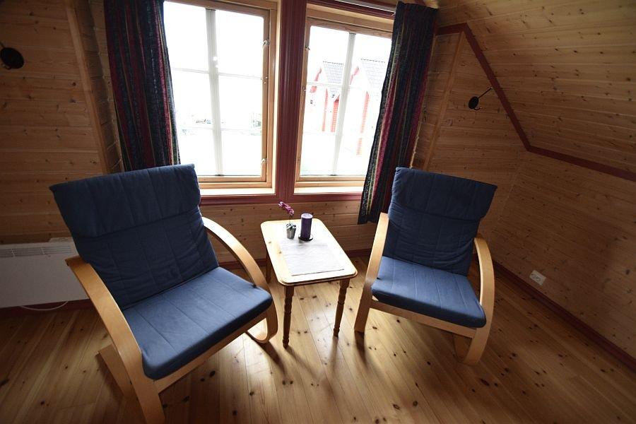 Sessel im Schlafzimmer.