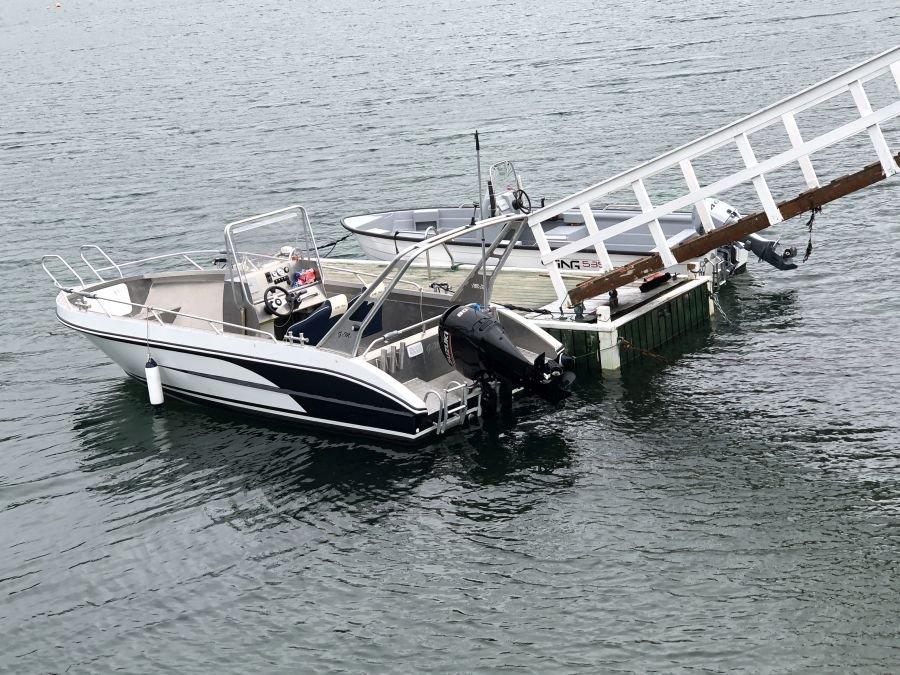 Die Boote: 20 Fuß Gemi Boot mit 80 PS und ein 18 Fuß Sting mit 40 PS.