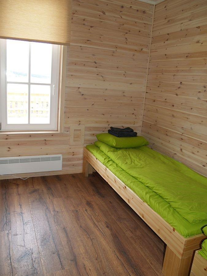 Eins der Schlafzimmer im Apartment 2.