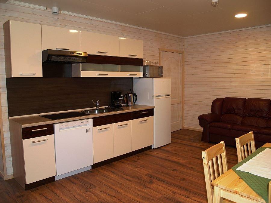 Die voll ausgestattete Küche vom Apartment 2.