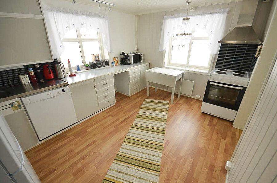 Die Küche im Ferienhaus Ingebjørgstua.