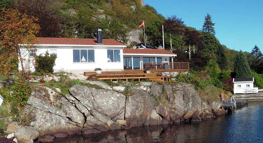 Das großzügige Ferienhaus bietet Platz für bis zu 6 Erwachsene und 2 Kinder