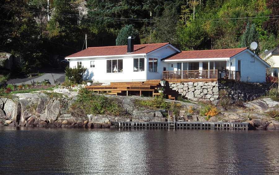 Ferienhaus Birkenes - tolle Lage direkt am Fjord