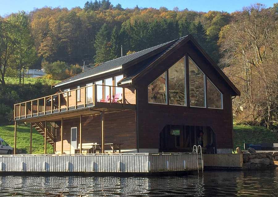 Näher am Wasser kann man nicht wohnen!  Und zusätzlich ist das Ferienhaus auch noch perfekt ausgestattet. Hier ist eigentlich alles perfekt!