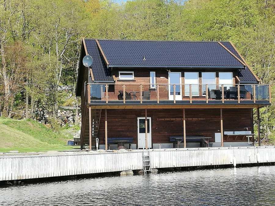 Ferienhaus Bjørsviga - Neubau in 2018/19 -  die Terrasse und der restliche Außenbereich sind fertiggestellt (Stand Mai 2019)