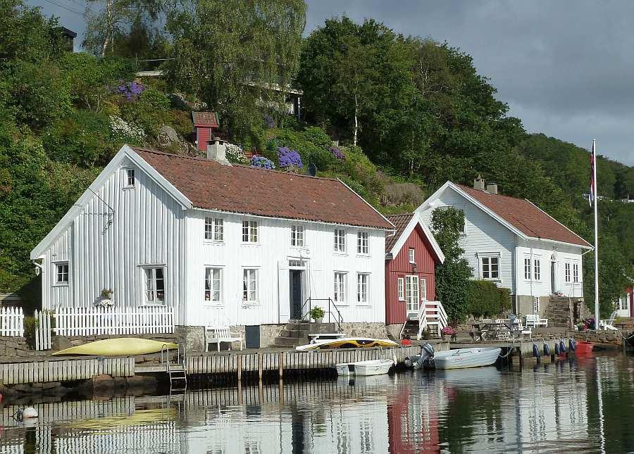 Ferienhaus Eikvåg - perfekt für die angelnde Familie (bis 5 Erwachsene + 1 Kind + 1 Baby geeignet)