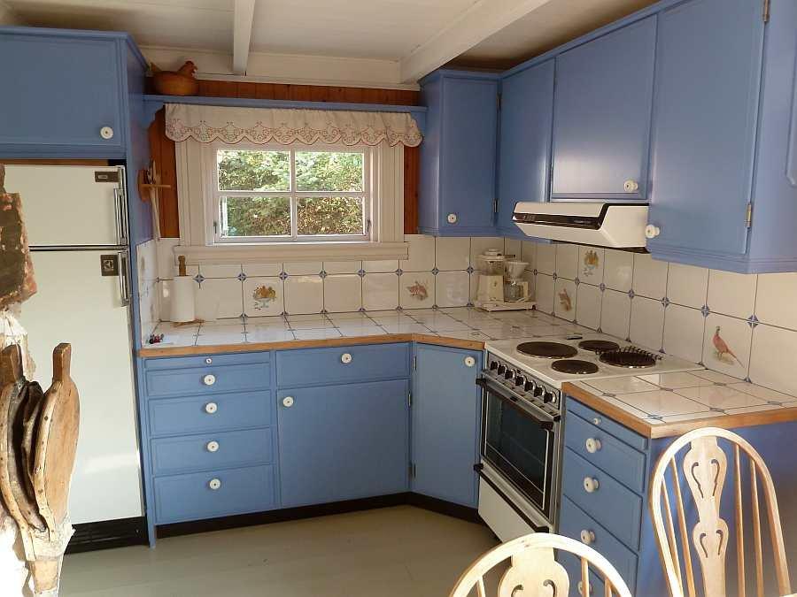 Die Küche ist umfassend ausgestattet - vom Geschirrspüler bis zum Toaster ist alles vorhanden