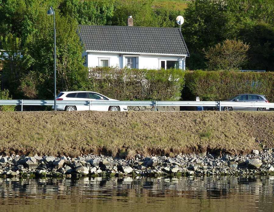 Ferienhaus Kletten liegt nur ca. 30 Meter vom Wasser entfernt