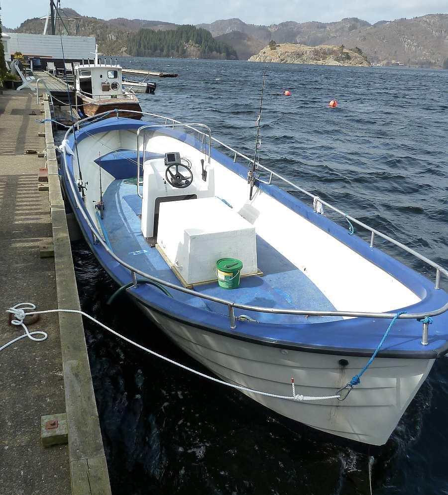 Extrem viel Platz im 8,20 Meter langen Dieselboot!