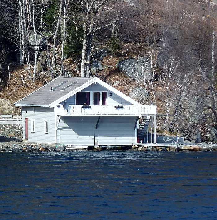 Haus Sellegrod - näher am Wasser geht es nicht...