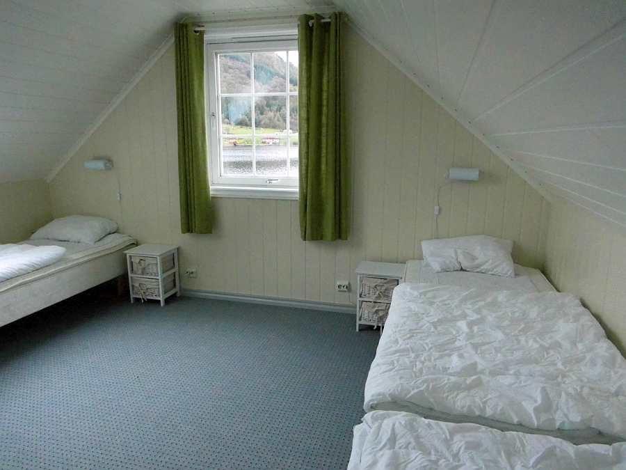 Eines der Schlafzimmer des Hauses - hier mit 3 Einzelbetten