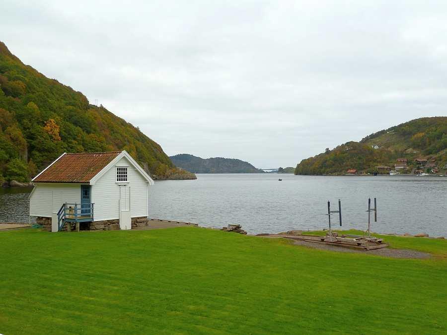 Blick vom Haus auf den Sellegrodsfjord
