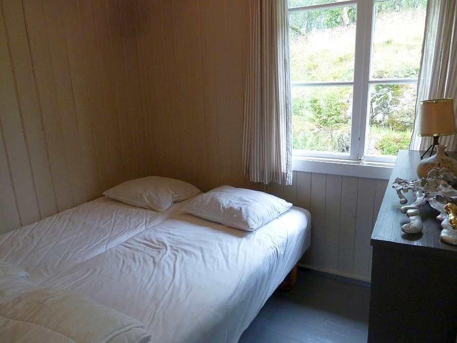 Das zweite Schlafzimmer mit zwei Einzelbetten - auch hier wahlweise zum Doppelbett zusammen gestellt.