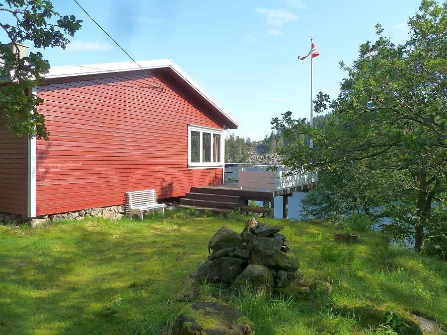Der Zugang zur großen Veranda an der Fjordseite kann auch von außen erfolgen