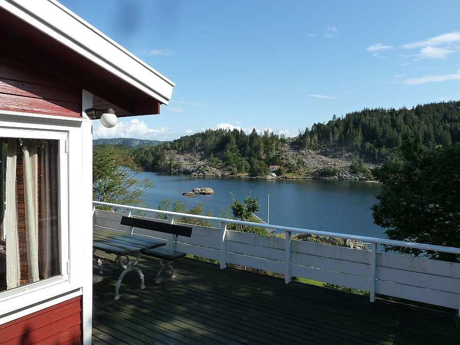 Die Lage des Ferienhauses Skougaard am idyllischen Eikvåg-Fjord bei Farsund