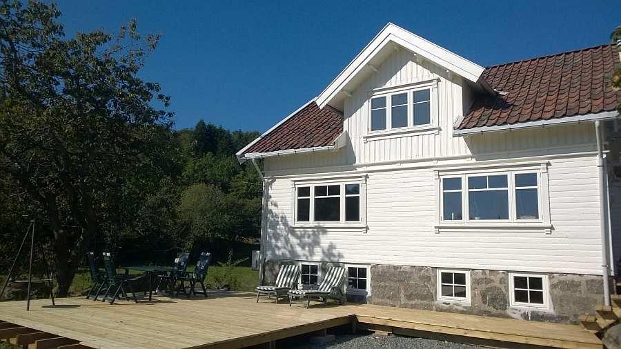 Ferienhaus Vika an der norwegischen Südküste bei Farsund - Terrasse noch in Bau