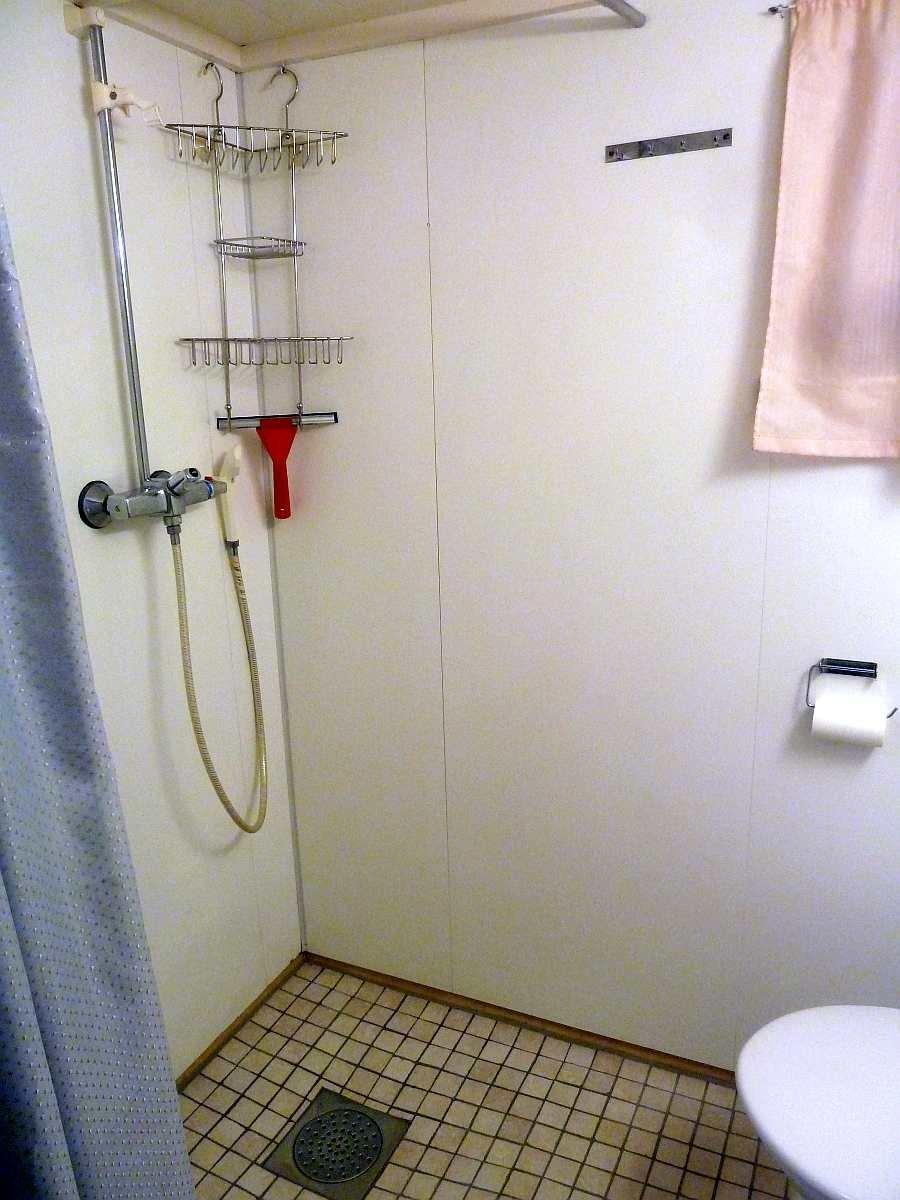 Haushälfte Westersiden No.9: Die Dusche im Bad