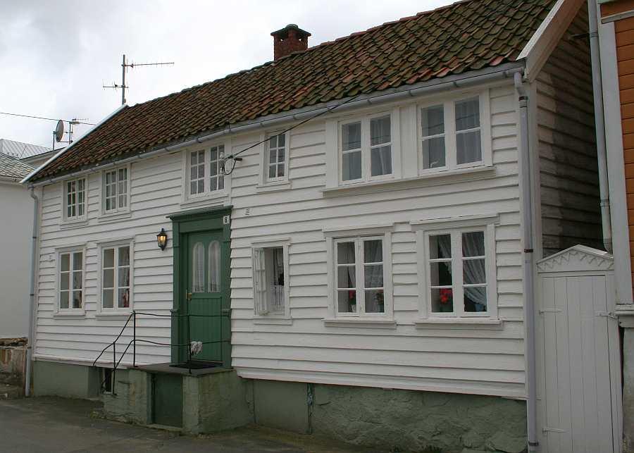 Ferienhaus Westersiden in Farsund: hier Eingang Haushälfte  No.8