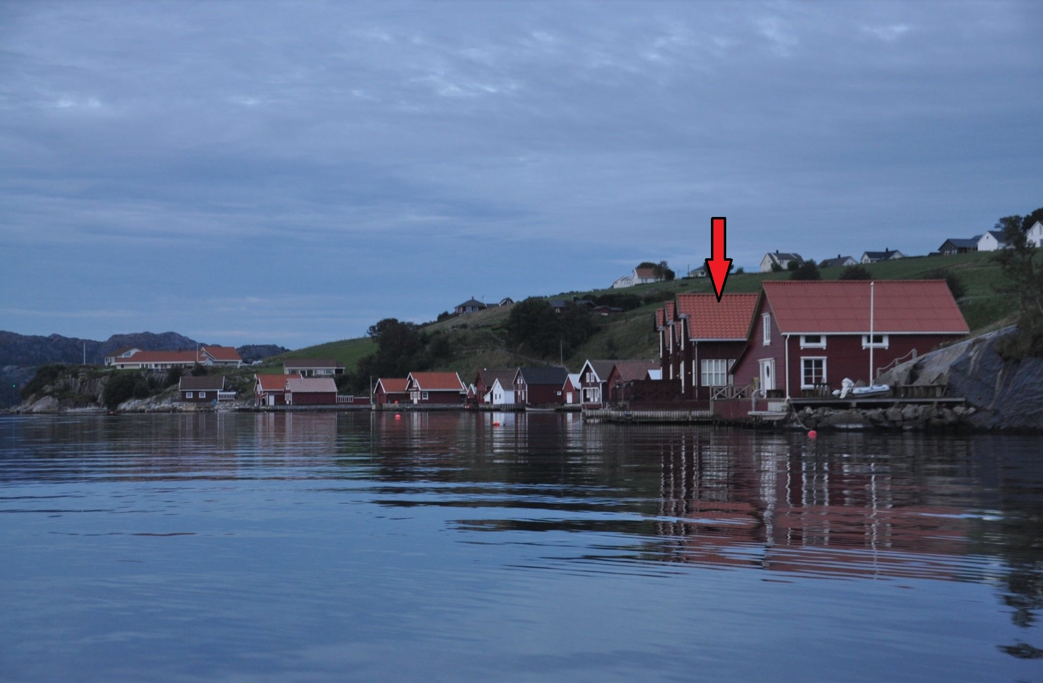 Morgenstimmung auf dem Fjord vor dem Haus