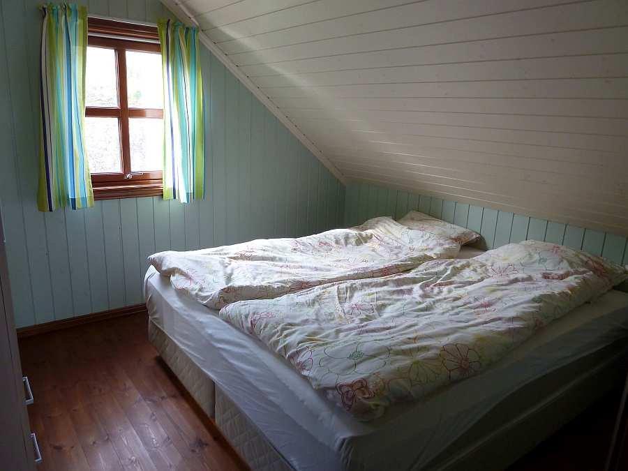 Das Schlafzimmer mit 1 Doppelbett