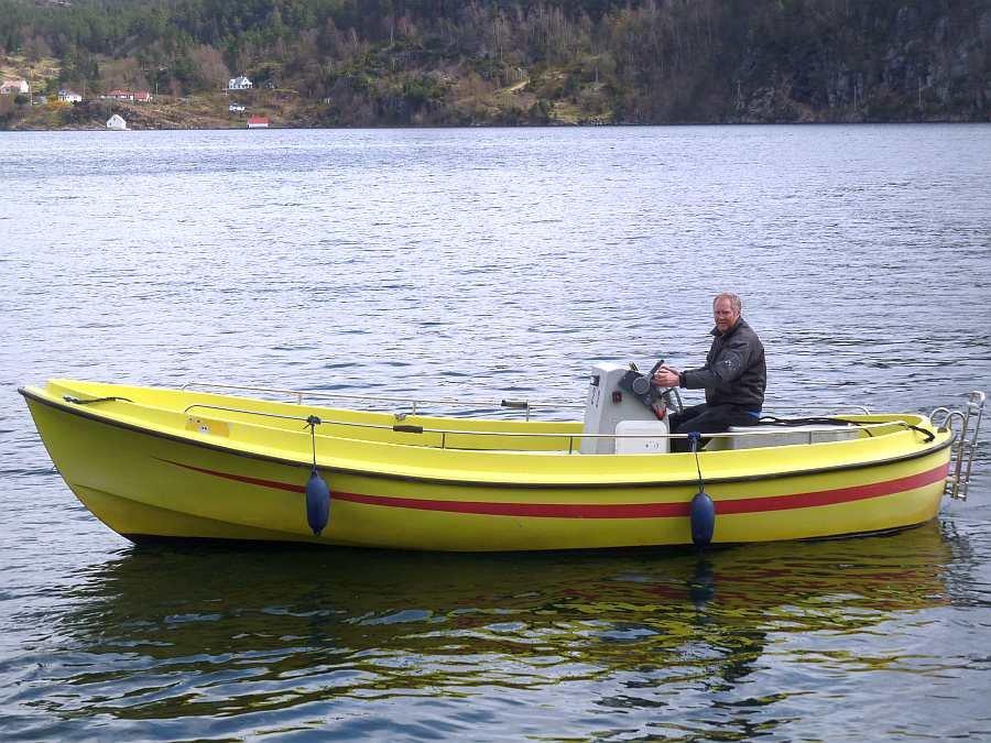 Auf diesem Boot können bis zu 5 Personen bequem angeln