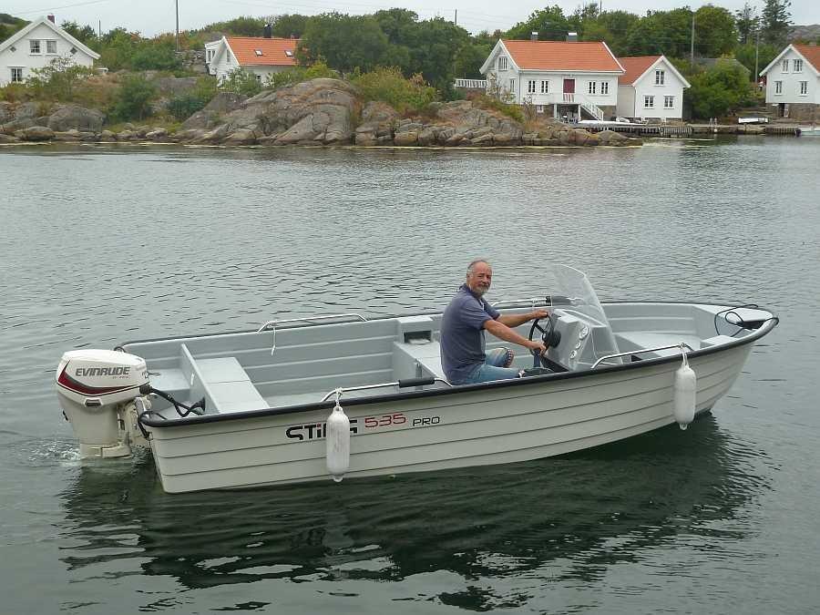 Bereits jeweils im Wohnungspreis enthalten: Angelboot StingPro - 18 Fuß/40 PS, 4-Takter, e-Starter, Steuerstand, Farb-Echolot, GPS/Kartenplotter