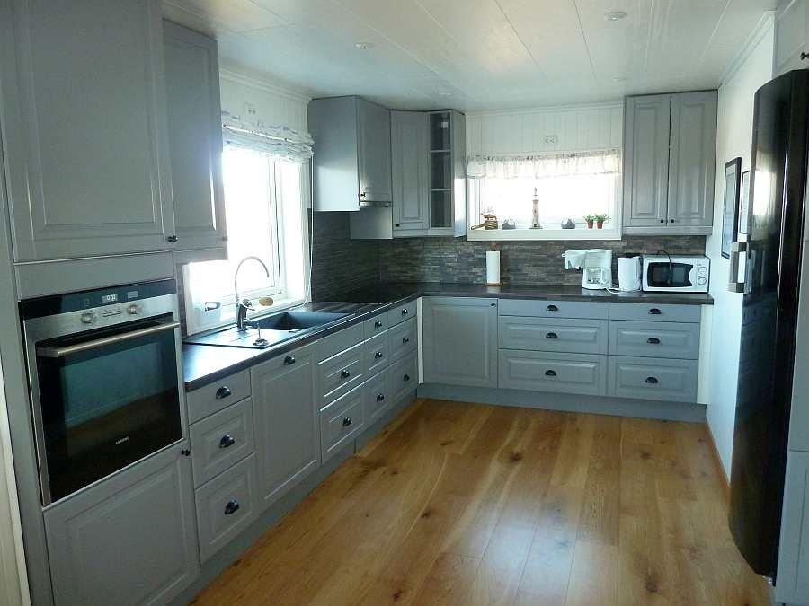 Die komplett ausgestattete Küche der Ferienwohnung (Wohnung Beate-1-Obergeschoß)