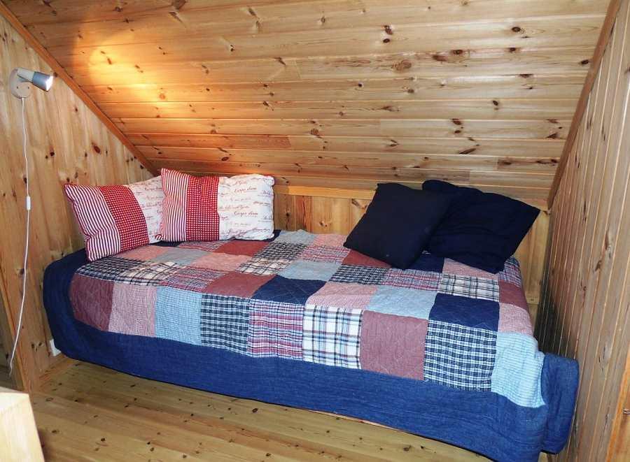 Und falls Sie mit 5 Personen reisen, bietet diese Nische einen weiteren Schlafplatz.