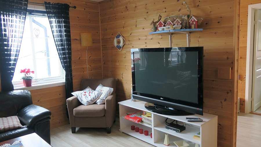 Ein Sat-TV mit deutschen Programmen steht zur Verfügung