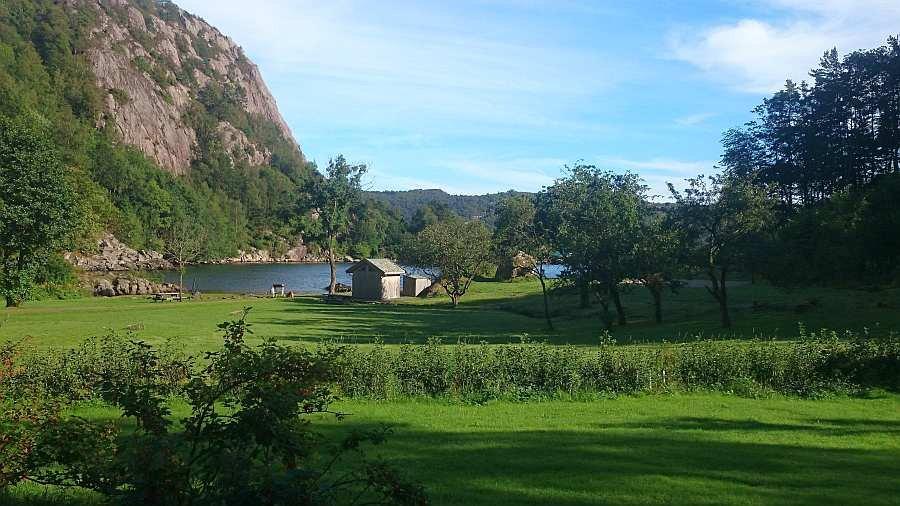 Blick vom Grundstück auf die Bucht