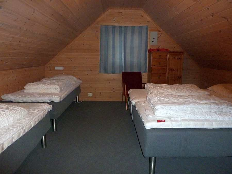 Das Schlafzimer mit 4 Einzelbetten