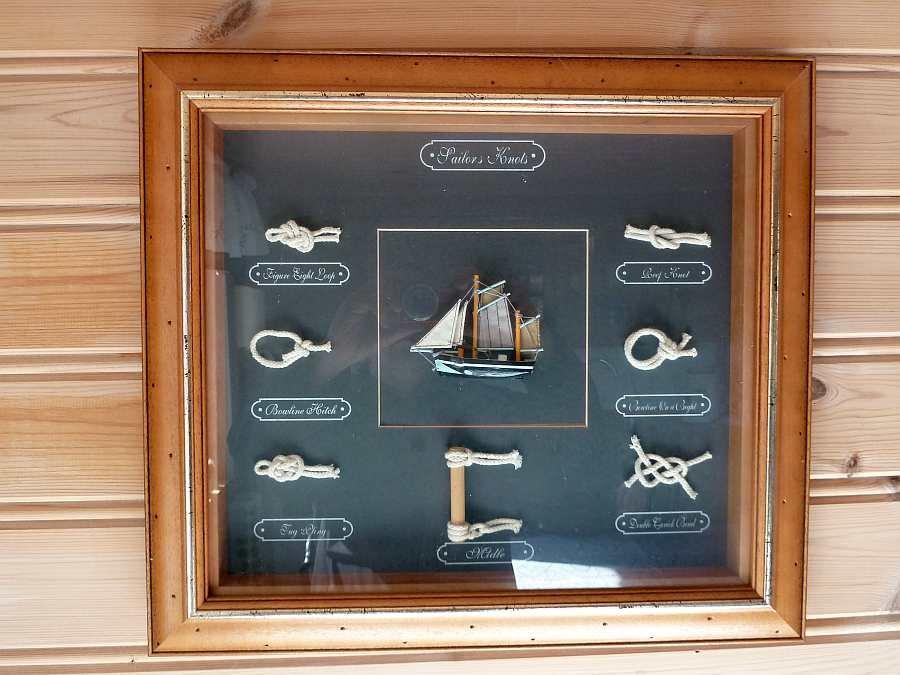 Hier im Haus dreht sich alles um's Meer, Schiffe, Fische, Angeln....