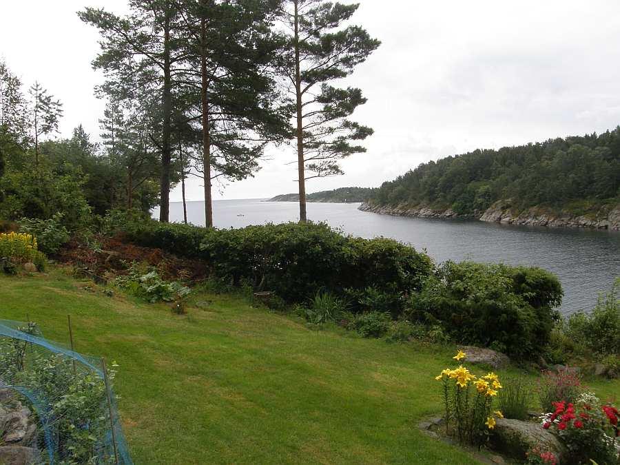 Blick vom Haus auf die Bucht