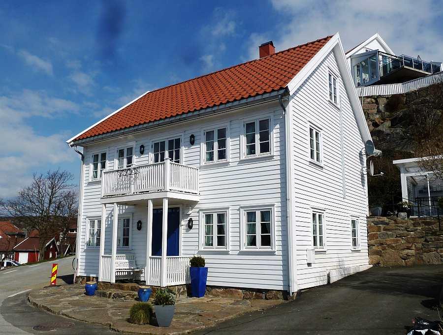 Die Ferienwohnung Hauen für bis zu 4 Personen liegt mit eigenem Eingang im Erdgeschoß des 2008 neu erbauten Hauses