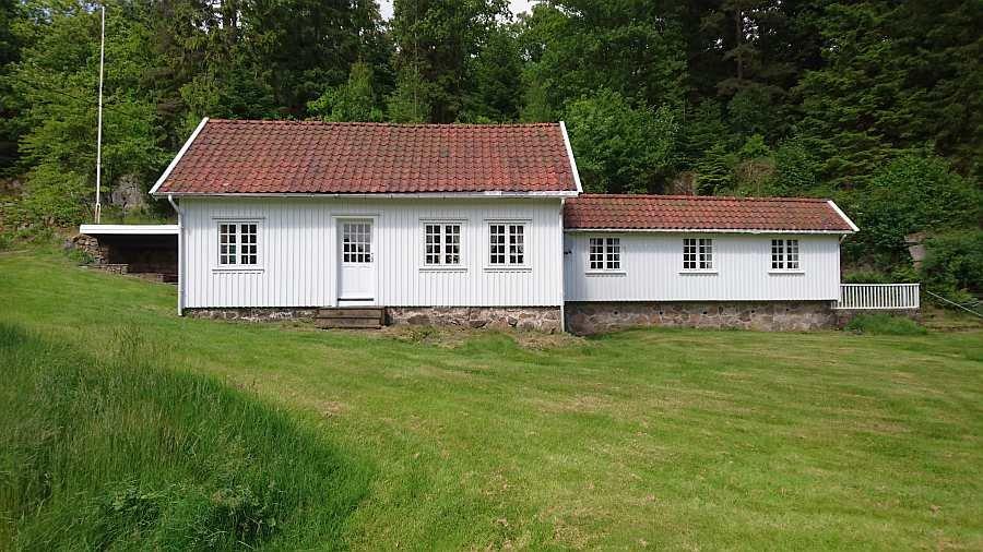 Ferienhaus Salthaug - 165 qm Wohnfläche - Im großen Garten ist viel Platz für Kinder zum Spielen