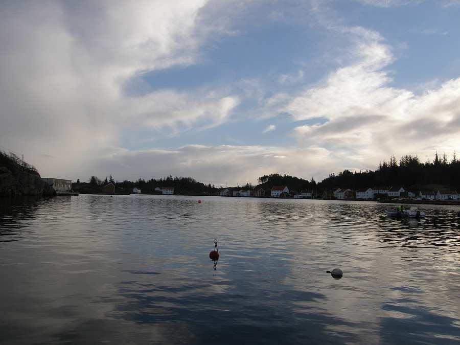 Blick auf die Bucht von  Åvik